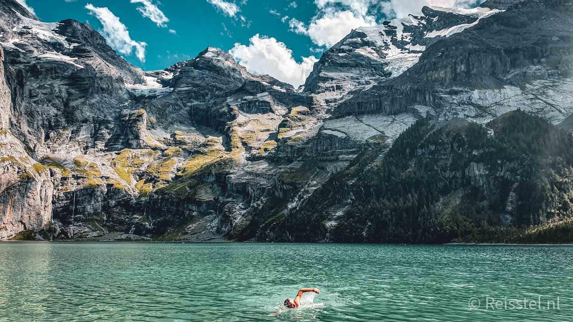Oeschinensee, Zwitserland, zwemmen, header